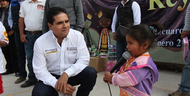 Este fin de semana el también presidente de la Junta de Coordinación Política convivió con miles de niñas y niños michoacanos