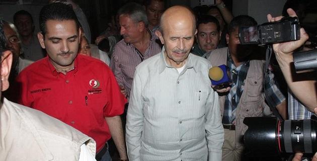 En el encuentro también participaron el presidente municipal, Uriel Chávez; funcionarios federales y mandos del Ejército Mexicano