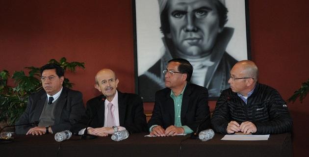 Por su parte, el secretario de Gobierno, Jesús Reyna, como enlace en materia de seguridad con las autoridades federales, manifestó que la situación a nivel de la región de Tierra Caliente es aceptable