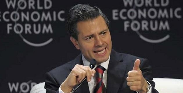 """""""No quiero ser triunfalista, pero desde hace un año ha habido una disminución real del número de asesinatos que se cometen en nuestro país"""", señaló Peña Nieto"""