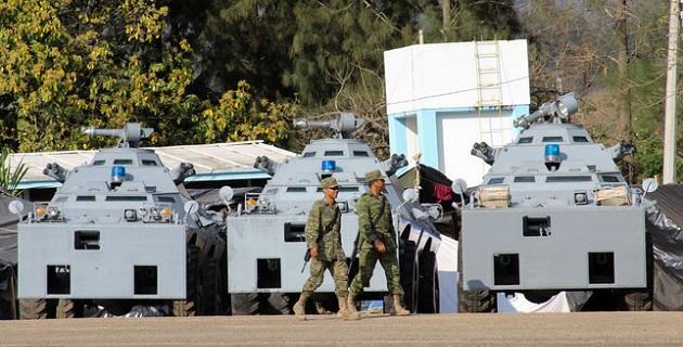 Interrogado sobre los acuerdos entre los posibles acuerdos entre el gobierno y los grupos de autodefensa, Plascencia Vilanueva se limitó a decir que la ausencia del pueblo michoacano los orilló a tomar las armas para defenderse