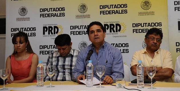 Aureoles Conejo anunció que el próximo miércoles se reunirán en el Senado de la República con legisladores del PRD para buscar armonizar las posturas y elaborar una agenda común de trabajo