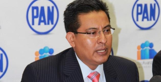 Demanda Chávez Zavala que la Federación aclare el origen de los 45 mil 500 mdp que anunció el presidente Peña Nieto; considera que de facto se está creando un gobierno paralelo en la entidad