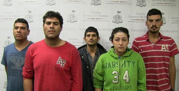 De acuerdo con las autoridades, el arresto se logró después de seguirles la pista, tras cometer un asalto en Zapopan