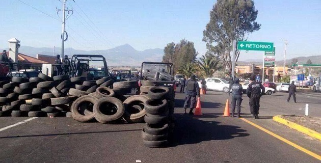 Las autodefensas ya han tocado Opopeo, Santa Clara del Cobre y Zirahuén en las últimas horas; además, hicieron una incursión por el Libramiento de Pátzcuaro