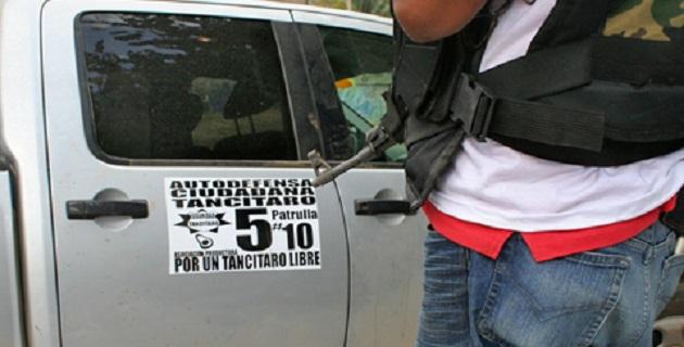 Las centenas de civiles armados, no solo buscan apoyar a los habitantes de ese lugar para que conformen su propio grupo de autodefensas, sino también, limpiar de crimen organizado esa importante ciudad del territorio michoacano