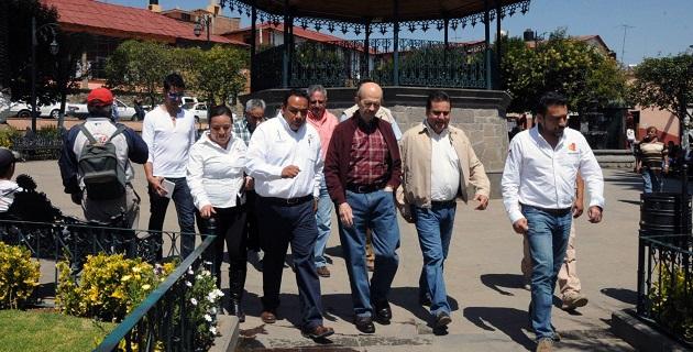 Vallejo Figueroa comprometió un millón de pesos que será entregado a través de créditos de la Sedeco, para apoyar a los esfereros en la compra de sus insumos.