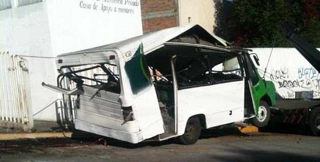 El pasado 27 de febrero del año en curso, el conductor de la unidad de pasajeros perdió el control de la unidad, con saldo de una persona muerta y 15 lesionadas