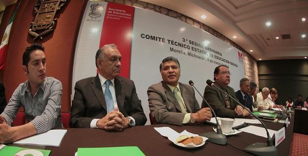 Se trabaja con transparencia y compromiso en la implementación de los recursos extraordinarios que otorga la federación, dijo Sierra Arias