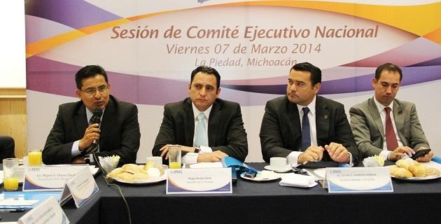 Ante la crisis en Michoacán, el PAN se ha conducido responsablemente como una fuerza política crítica y propositiva en torno a los desaciertos de las autoridades estatales: Miguel Ángel Chávez