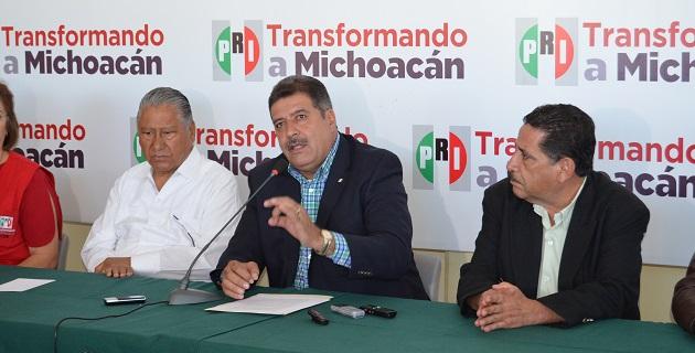 El tricolor no es cómplice de nadie y mucho menos cuando se trata de los intereses de los michoacanos: Fernández Orozco