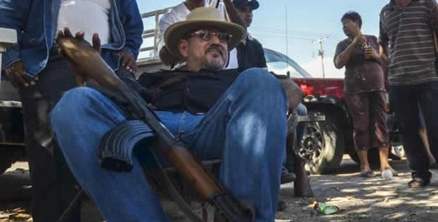 Fue hasta 1995, que las autoridades estadounidenses lo deportaron a México, de acuerdo con una ficha criminal del FBI
