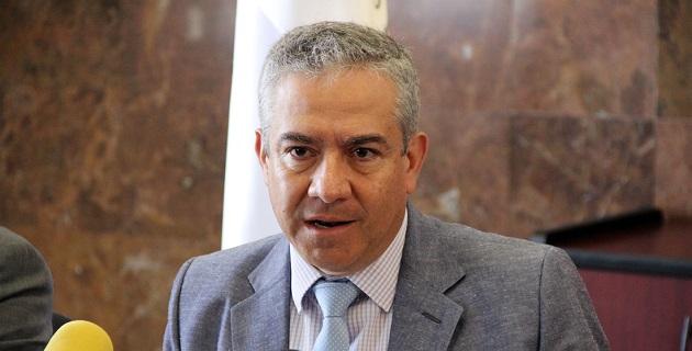 """Alvarado Laris recomendó a los contribuyentes a acercase a sus asesores cuando se caiga en supuestos respecto de las consideradas """"actividades vulnerables"""" previstas por la ley"""