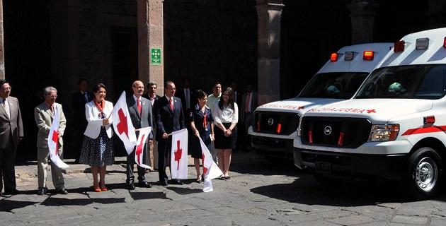La inversión en las ambulancias fue de 3.9 mdp, de los cuales 1.8 mdp fueron aportados por el Ejecutivo estatal