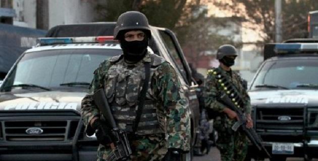 Ayer, tras anunciar la detención de 44 falsos autodefensas, Castillo Cervantes informó que las fuerzas federales tomaron el control de la seguridad en Huetamo