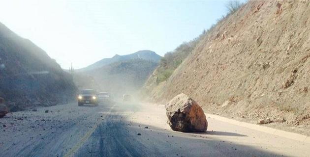 Un fuerte sismo de 7 grados en la escala de Richter sacudió esta mañana el occidente y el centro del país