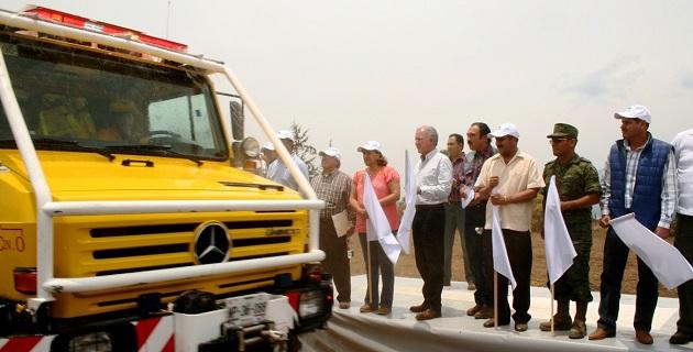 Al estado de Michoacán se asignaron para el combate a incendios forestales en 2014 poco más de 43 mdp, además de 10 mdp del Programa de Empleo Temporal