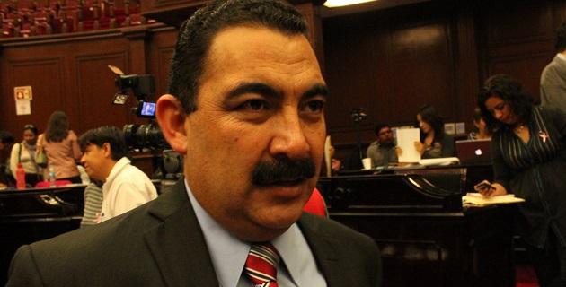 Independientemente de que tenga o no razón, Villagómez Villafuerte tiene derechos que no pueden ignorarse, afirmó Naranjo Blanco