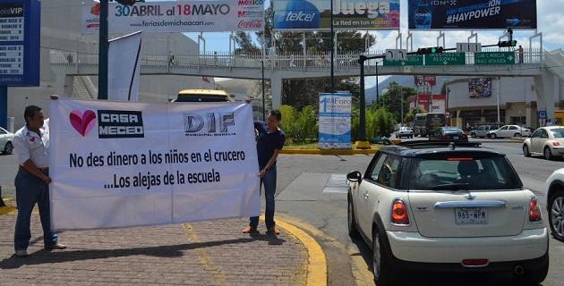 En esta campaña participó el director del DIF Municipal, Carlos Hernández López y la Coordinadora de casa MECED, Adriana Pedraza