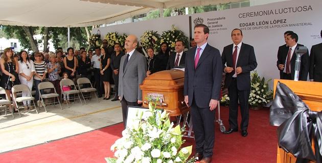 En este homenaje también estuvieron presentes el encargado del despacho de la Secretaría de Gobierno, Marco Vinicio Aguilera Garibay, y el procurador Martín Godoy Castro