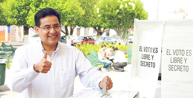 El jefe estatal, Miguel Ángel Chávez, confirmó a las 11:00 horas que hasta ese momento la apertura de las casillas se completó sin ningún incidente y con una alta afluencia panista