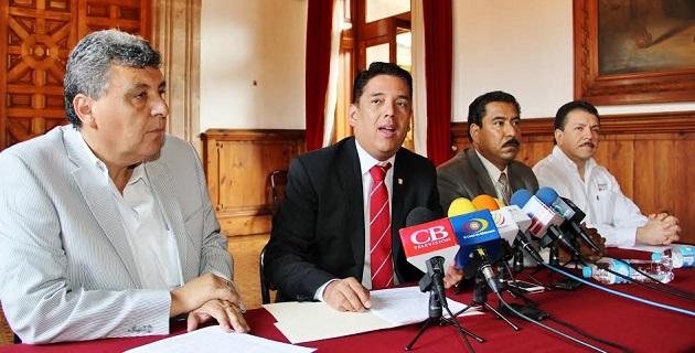 Macías Hernández dio a conocer que el foro tendrá lugar en el Salón de Michoacán del Centro de Convenciones de Morelia el próximo 22 de mayo a partir de las 9 horas