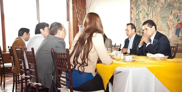 Aureoles Conejo lamentó que las autoridades no logren ser un organismo facilitador para que los recursos gestionados aterricen