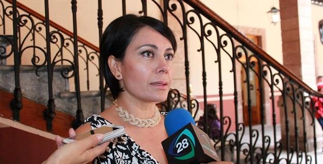 López Aceves urgió a regular la función notarial mediante vocación, métodos, capacidades y aptitudes, no con métodos discrecionales