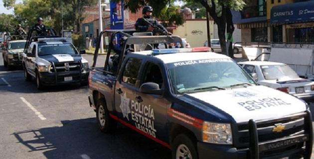 Los elementos localizaron un arma de fuego y una motocicleta, con la que el implicado pudo haber consumado un asalto en una joyería del Centro Histórico de la capital michoacana