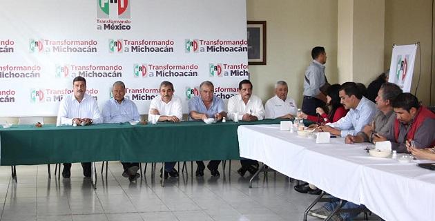Los alcaldes michoacanos emanados del partido tricolor argumentan que el plan de gobierno federal está muy completo, sin embargo, consideran que muchas de esas políticas públicas aun no aterrizan en los municipios michoacanos