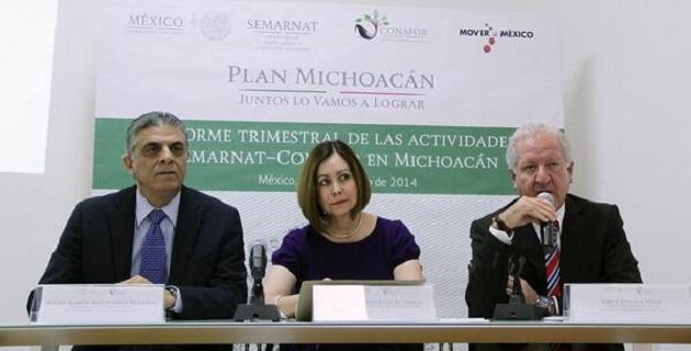 El Secretario de Urbanismo en Michoacán señaló que el apoyo del Gobierno de la República ha permitido el desarrollo del estado y minimizar la inseguridad.
