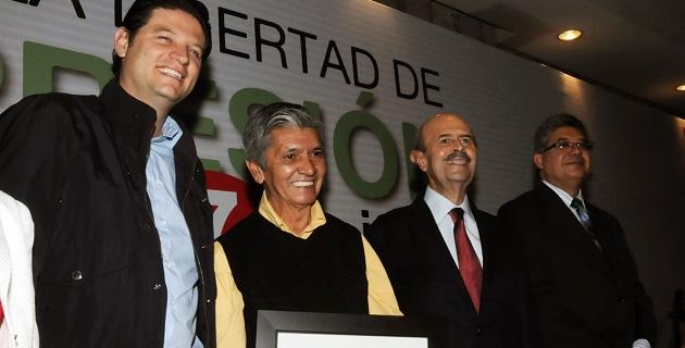 El Gobierno de Michoacán atiende las necesidades de capacitación del gremio periodístico, aseguró la coordinadora general de Comunicación Social, Guadalupe Santacruz