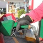 Durante el 2014, el precio de la gasolina Magna aumentará nueve centavos cada mes, mientras que la gasolina Premium y el diesel continuarán con un desliz en sus precios de 11 centavos mensuales