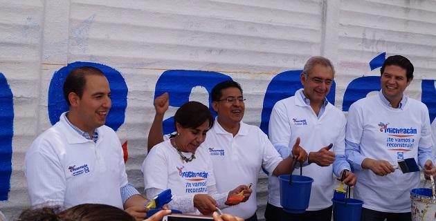 En el evento estuvieron presentes los senadores Salvador Vega y Luisa María Calderón, así como el ex senador Marko Cortés y los diputados locales Sergio Benítez y Alfonso Martínez, entre otros