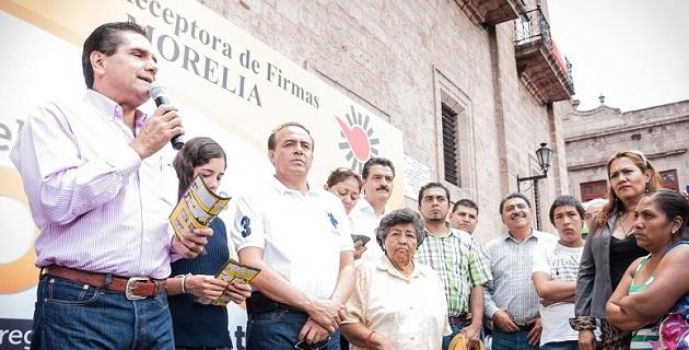 En los municipios que hasta la fecha el legislador ha instalado mesas receptoras de firmas y ha promovido la campaña son Morelia, Lagunillas, Acuitzio, Uruapan, Tingambato, Charapan, Tingüindín y Los Reyes