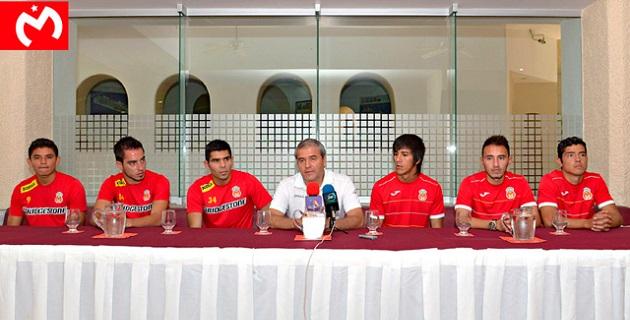 El Director Deportivo, Ricardo Campos, fue el encargado de dar la bienvenida a los nuevos elementos del Equipo de la Fuerza