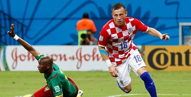 Para avanzar, Croacia deberá vencer a México sí o sí. Al Tri le basta el empate en Recife para conseguir el boleto. Brasil se medirá con Camerún en Brasilia.