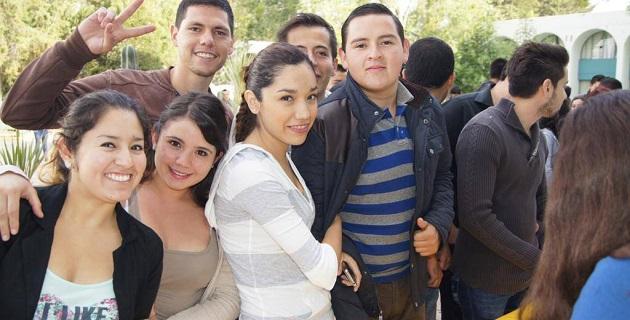 Los 1400 estudiantes aspiran a un lugar para cursar las licenciaturas en Contaduría, Administración e Informática