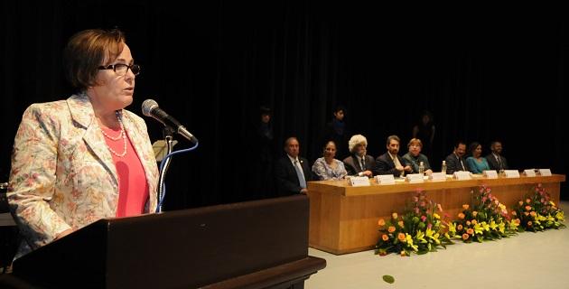 Ettinger de Jara felicitó a las y los egresados de la UMSNH, a quienes invitó a tener confianza en su preparación académica