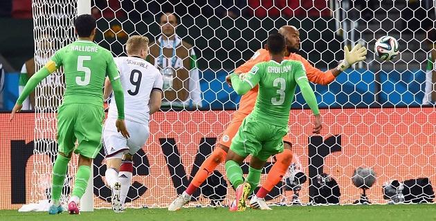 Alemania jugará ante Francia por los cuartos de final de la Copa Mundial de la FIFA Brasil 2014 el viernes 4 de julio en el Estadio Maracaná, de Río de Janeiro