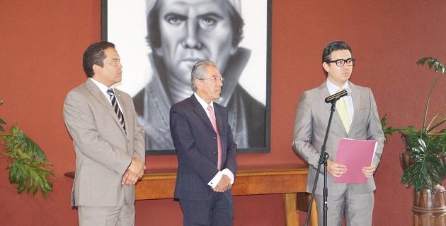 En el acto formal también estuvo presente el secretario de Gobierno, Jaime Darío Oseguera