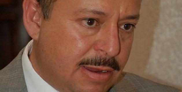 En conferencia de prensa, Zerón de Lucio afirmó que el líder transportista michoacano aprovechó los vínculos criminales para colocar a funcionarios de primer nivel en diferentes puestos en el estado