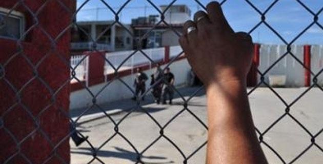 Además, la dependencia estatal remitió actuaciones y una detenida ante la PGR
