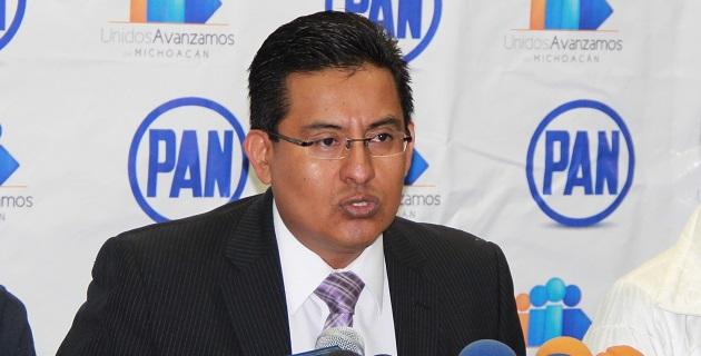 """""""Acción Nacional se ve obligado a levantar la voz porque es lamentable el intento mediático de asegurar que el problema está resuelto en el tema de seguridad entre los michoacanos"""": Chávez Zavala"""
