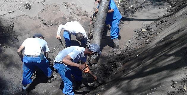 Durante las lluvias del pasado lunes, fueron operados los cárcamos Itzícuaros, Mora Tovar y Arroyo de Tierras; además se atendió un reporte de derramamiento del canal de La Aldea, en la colonia Los Sauces