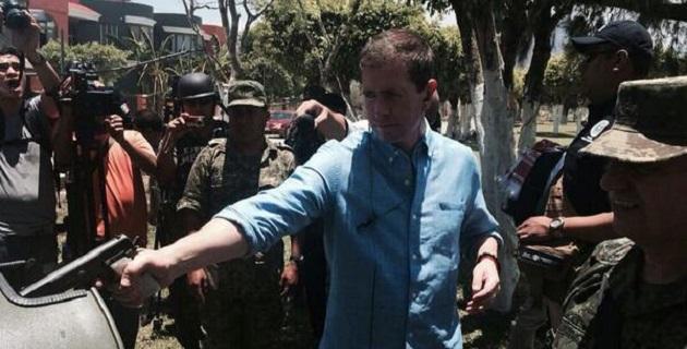Castillo manifestó que las acciones que se han registrado durante los últimos días a favor del ex vocero de las autodefensas José Manuel Mireles, no están relacionadas con grupos armados