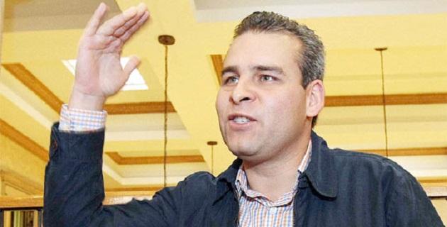 El pronóstico de las expectativas de crecimiento económico en México realizado por el Fondo Monetario Internacional, reduce la prospectiva del 3% al 2.4%, advirtió Alfredo Ramírez