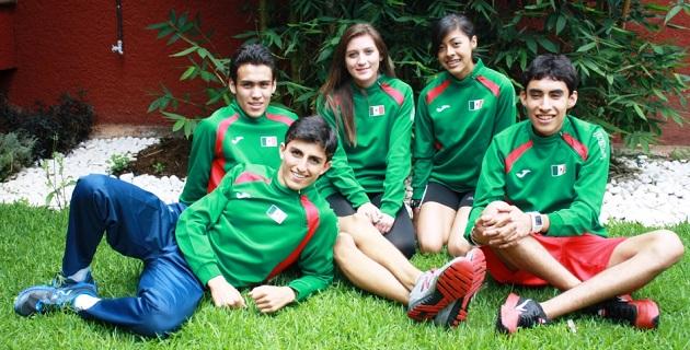 Las jóvenes promesas del deporte purépecha y nacional, buscarán poner en alto el nombre de México, a través de su entrega y dedicación hacia el atletismo