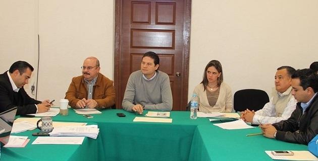 Para estudiar el tema se reunieron las comisiones unidas de Hacienda y Deuda Pública y de Desarrollo Urbano, Obra Pública y Vivienda en el Congreso del Estado