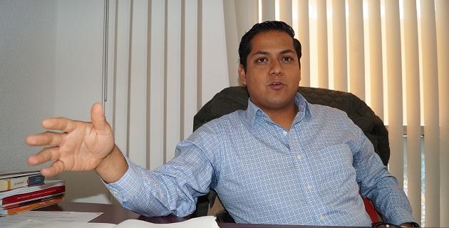 Moncada Sánchez reconoció en Salvador Jara un buen gesto al no dejarse imponer en el gabinete a muchos de los que inicialmente se mencionaban; anticipa que serán vigilados los nuevos funcionarios estatales